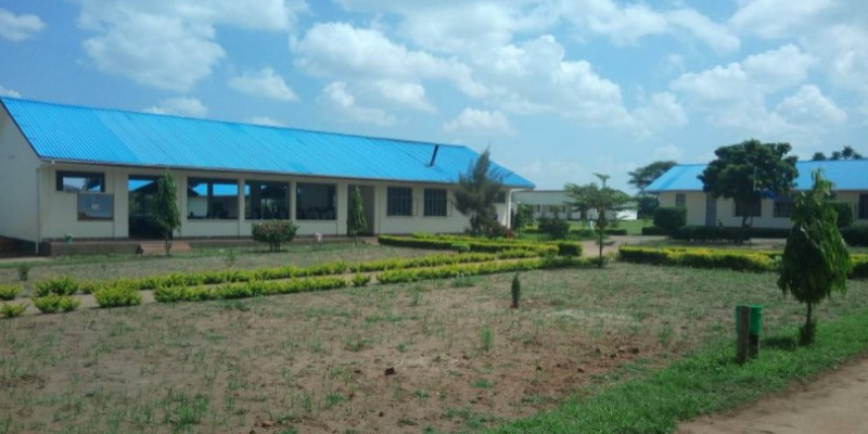 dining-hall-and-part-of-administration-block